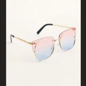 NWT Free People ParadiseCity Sunglasses Bubblegum